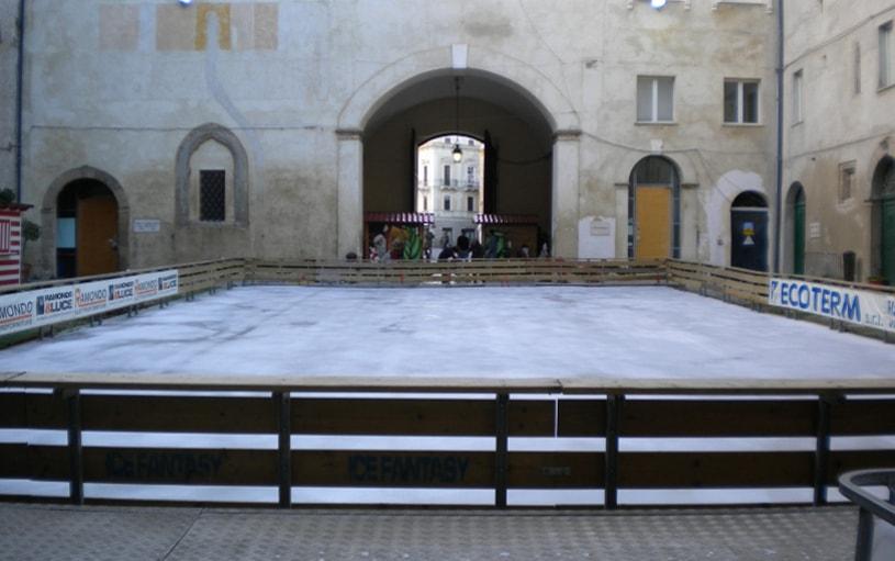pista in piazza