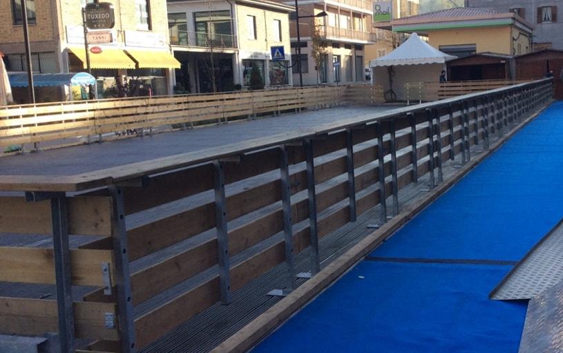 recinzione legno pista